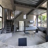 窓の設置の工夫で入居者交流促す|三家大地建築設計事務所