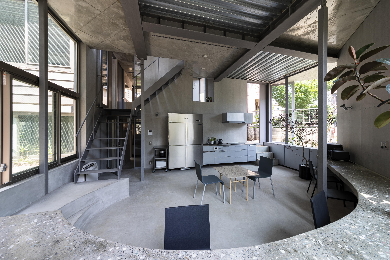 窓の設置の工夫で入居者交流促す 三家大地建築設計事務所