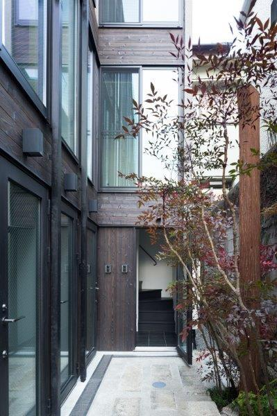 神楽坂薫木荘、庭園美術家監修の料亭のような住宅