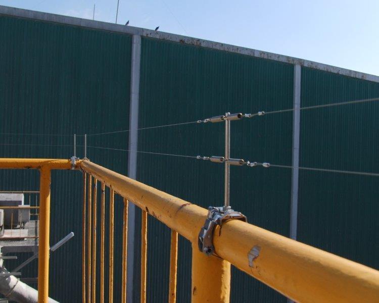 コーユー、防鳥ワイヤーとスプリングの接続を簡単に