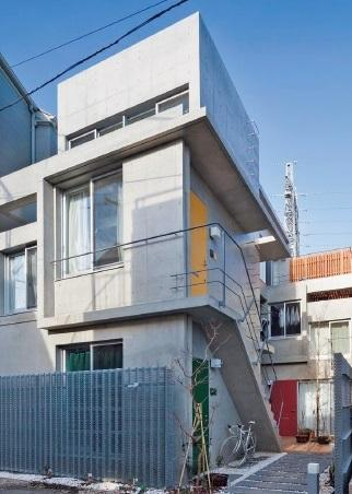 里住夢(リズム)、1~3階にまたがる縦間取りが人気