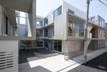 建物外観の写真