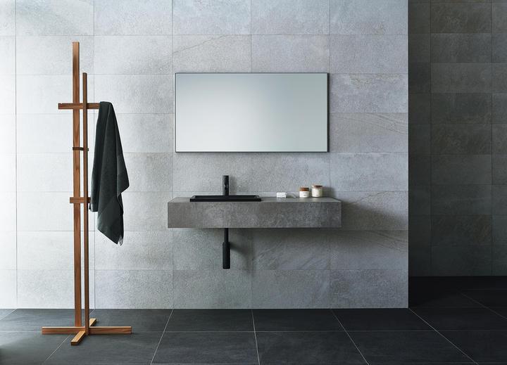 サンワカンパニー、モルタル風の素材を使用した洗面カウンターを発売