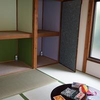平屋の昭和的な空間を残して再生 和室を残し、レトロな雰囲気を演出
